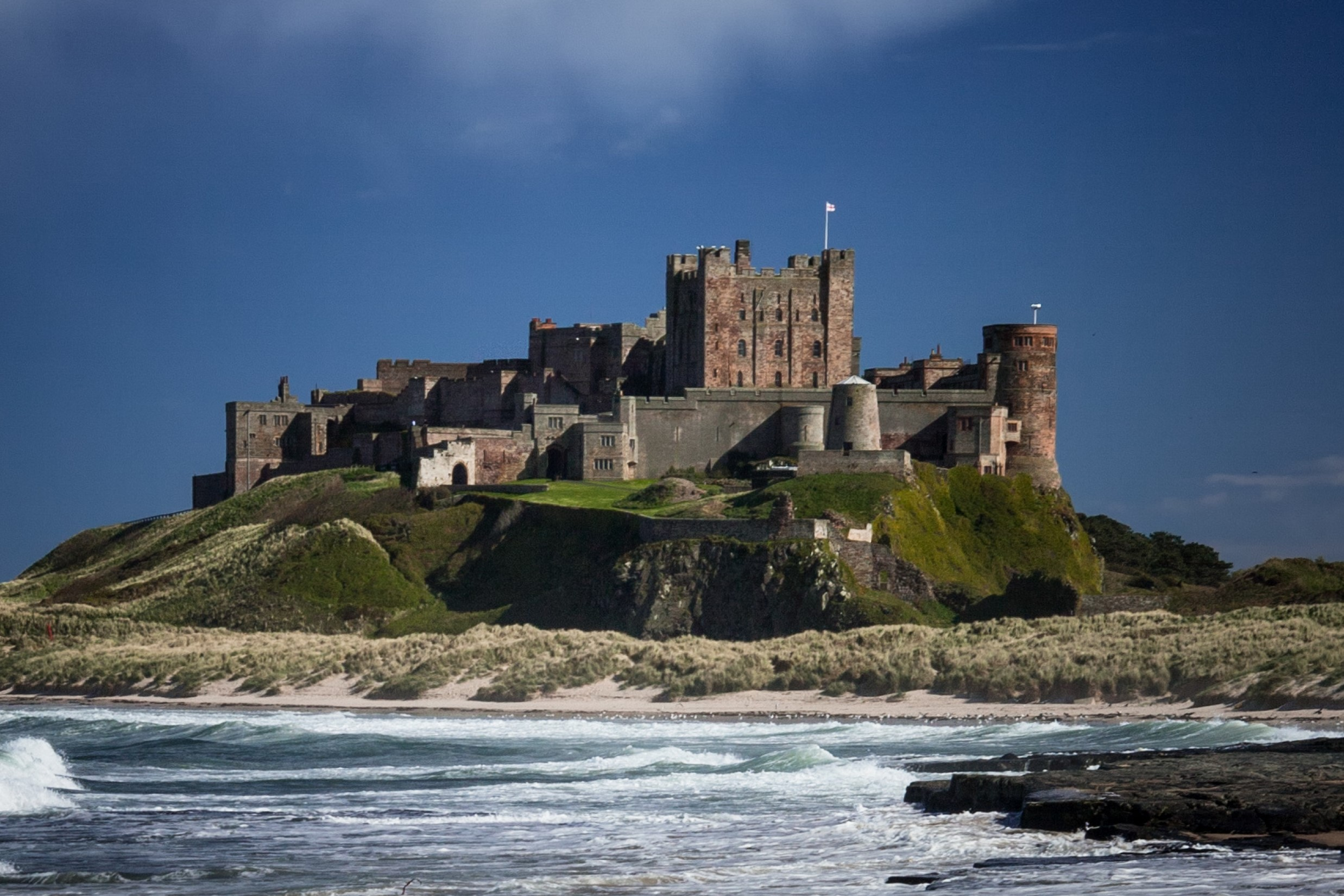 Bamburgh Castle | Magnificent Northumberland fortress